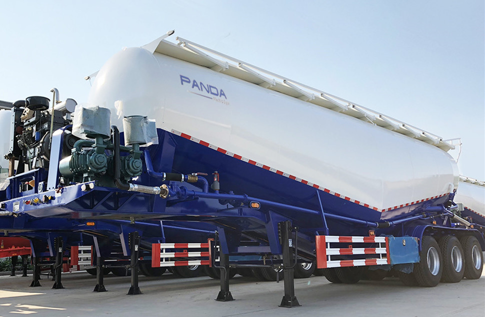 How does cement bulker work, load and discharge the cement trailer