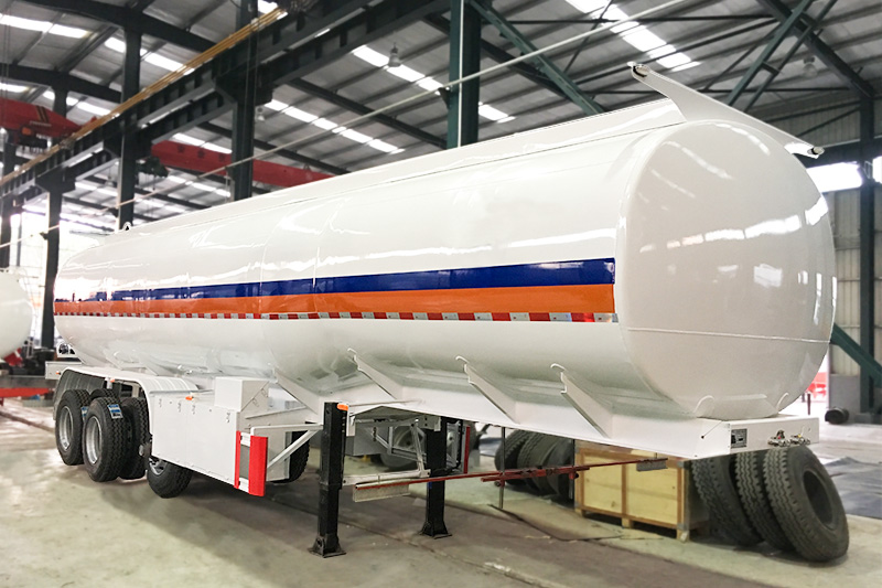 38,000 liters fuel tank trailer