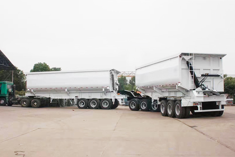 Coal side tipping semi trailer