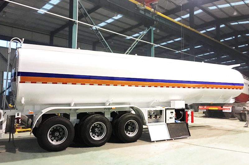 38000 Liters tanker with generator