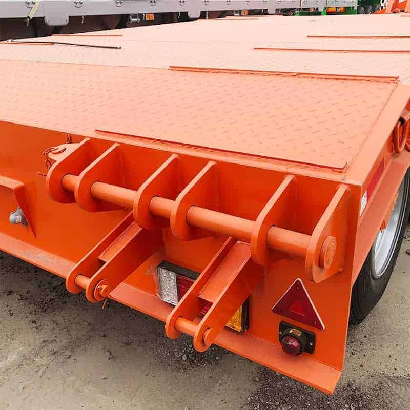 3 axle 50 ton step lowbed trailer